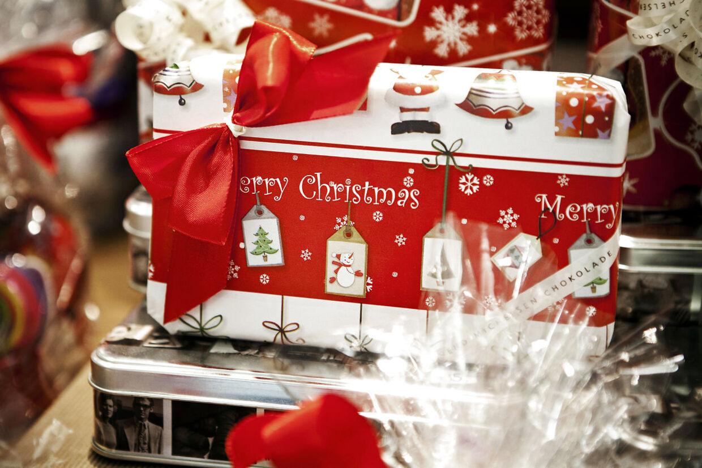 Der skal byttes gaver for 300 millioner kroner, når butikkerne slår dørene op igen efter jul, derfor er det vigtigt, at forbrugerne kender byttereglerne, lyder det fra Lone Rasmussen, markedschef i Dansk Erhverv i en pressemeddelelse.