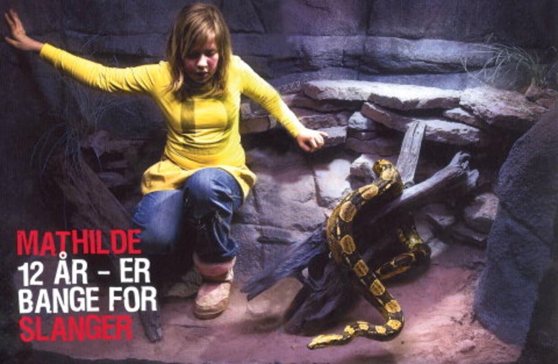 """Mathilde på 12 år er bange for slanger. Bare hun ser en slage i fjernsynet, bliver hun nødt til at kravle ned under dynen og ryste. Foto: Thomas Marott - fra """"Verdens farligste bog"""""""