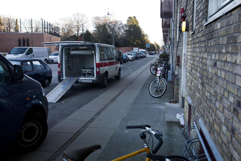 En person er død af knivstik på Skoleholdervej i Københavns nordvest-kvarter.