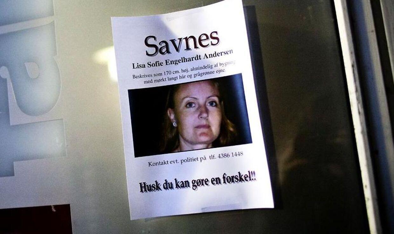 Lisa Sofie Engelhardt Andersen blev fundet kvalt og begravet nær en rideskole den 1. januar 2011 - på den dag, der ville have været hendes 38 års fødselsdag. Hendes eksmand er tiltalt for drabet.
