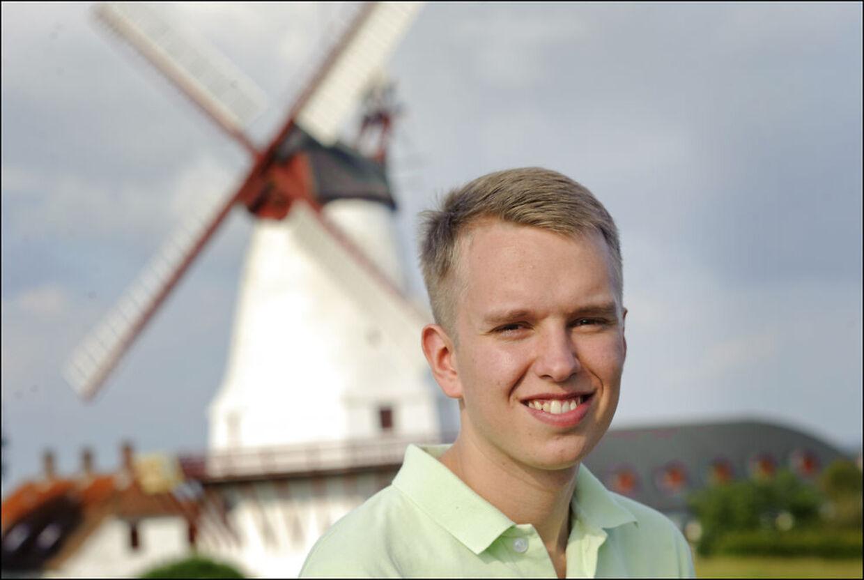 Formand for Danskernes Parti, Daniel Carlsen er klar til at kæmpe for pladser i byråd og regionsrådet i Region Midtjylland til kommunalvalget.