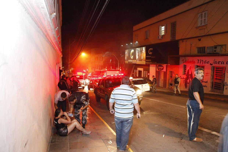 Brand i natklub i Santa Maria, Brasilien.