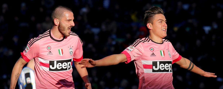 Paulo Dybala (th) scorede to gange, da Juventus i dag slog Udinese.