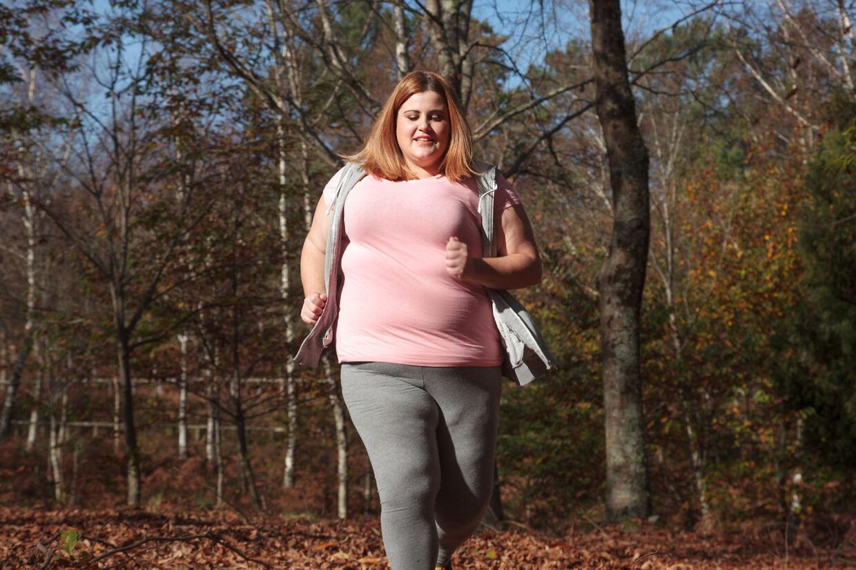 En stædig kamp mod kiloene kan mindske risikoen for type 2-diabetes, hjerte-kar-sygdomme, kræftsygdomme og slidgigt.