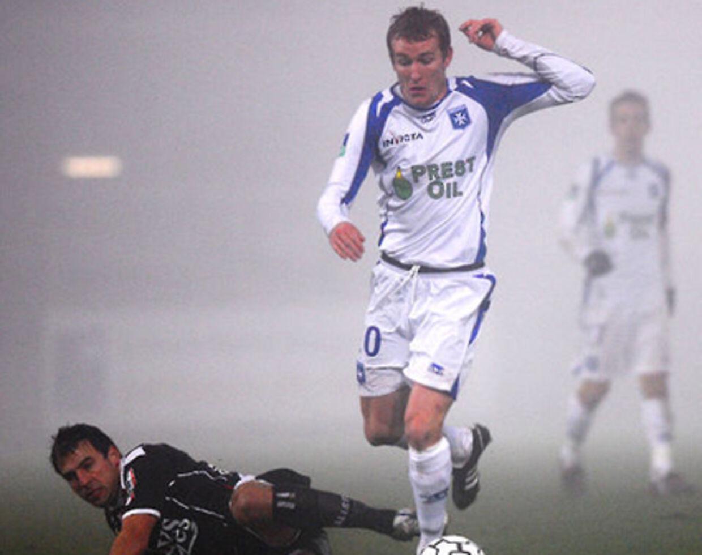 Thomas Kahlenberg kan ikke være med i Auxerres sæsonstart på grund af en forstrækning.