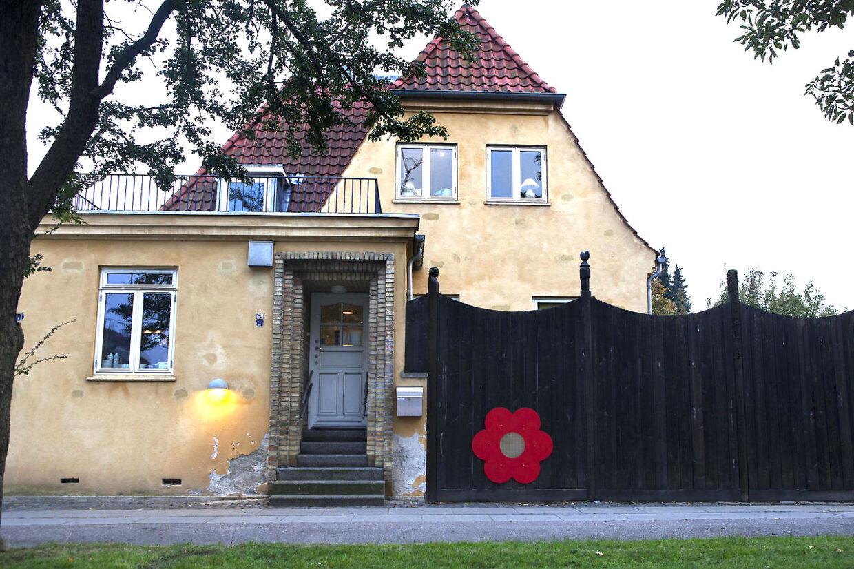 Børnehaven Katholm, der betalte næsten en milliard danske kroner, for en levering på seks kubikmeter sand.