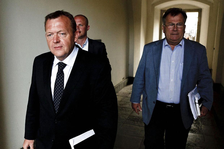 Venstres Lars Løkke Rasmussen fulgt af Peter Christensen og Claus Hjorth Frederiksen