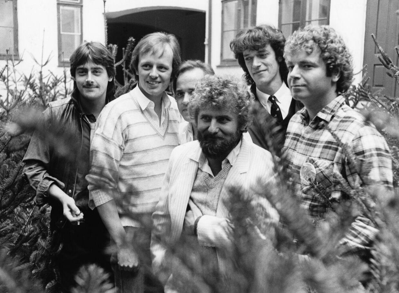 Shu-bi-dua. Fra venstre: Kim Daugaard, Michael Hardinger, Claus Asmussen, Willy Pedersen, Kasper Winding og Michael Bundesen.