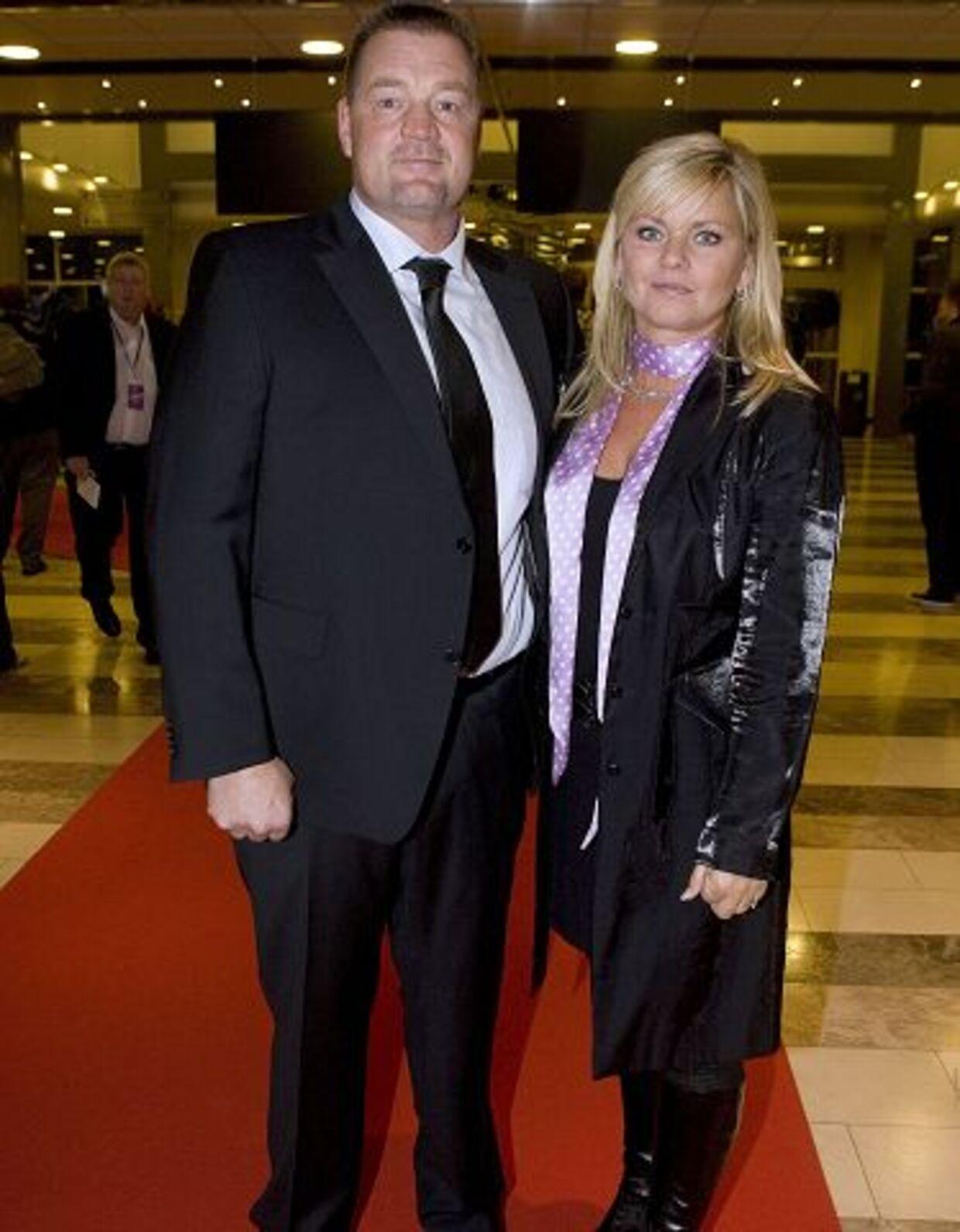 Sværvægteren Brian Nielsen vil nu starte golfrejser til Costa del Sol sammen med hustruen Jeanette Buchard.
