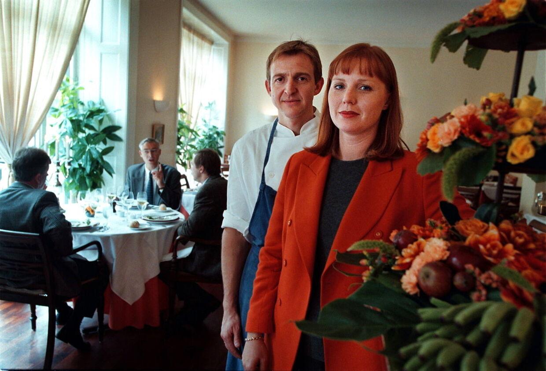 Philippe og Sussi Houdet i deres restaurant Pierre Andre i Ny Østergade, inden Philippe satte restauranten til salg og blev kok på den københavnske jetset-sted Café Victor. Nu har to dårlige anmeldelser fået ham til at sige op.