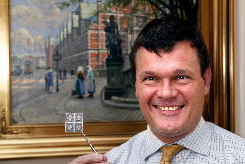 Thomas Høiland drev i en årrække sit eget auktionshus og har været ansat som firmærke-ekspert hos Brunn-Rasmussens kunstauktioner. Nu er han dømt for narkohvidvask og forsøg på afpresning.