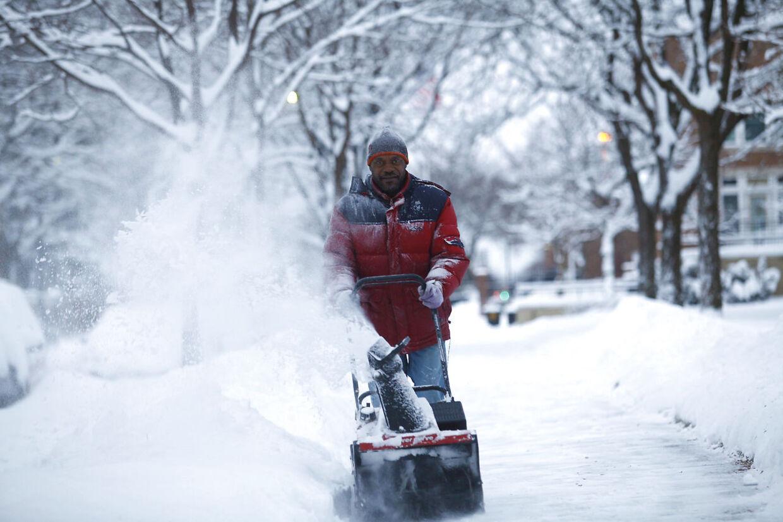 Det er blevet monster-koldt i USA. Her er vi i Detroit.