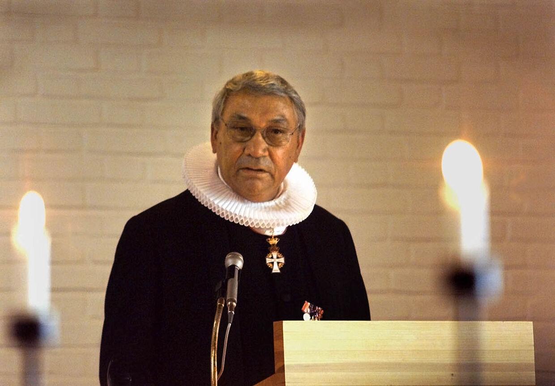 Jonathan var også uddannet præst.