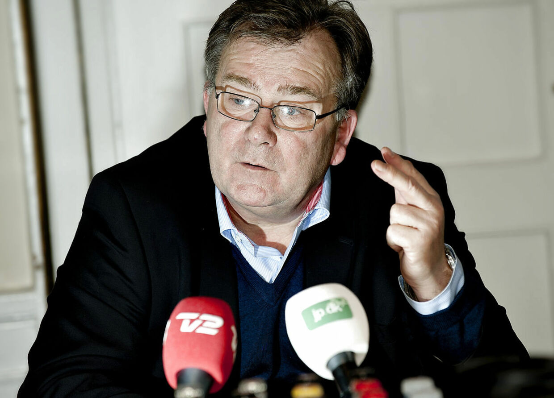 Venstre vil gradvist bringe det danske lønniveau ned på niveau med Tysklands, forklarer Claus Hjort Frederiksen til Berlingske.