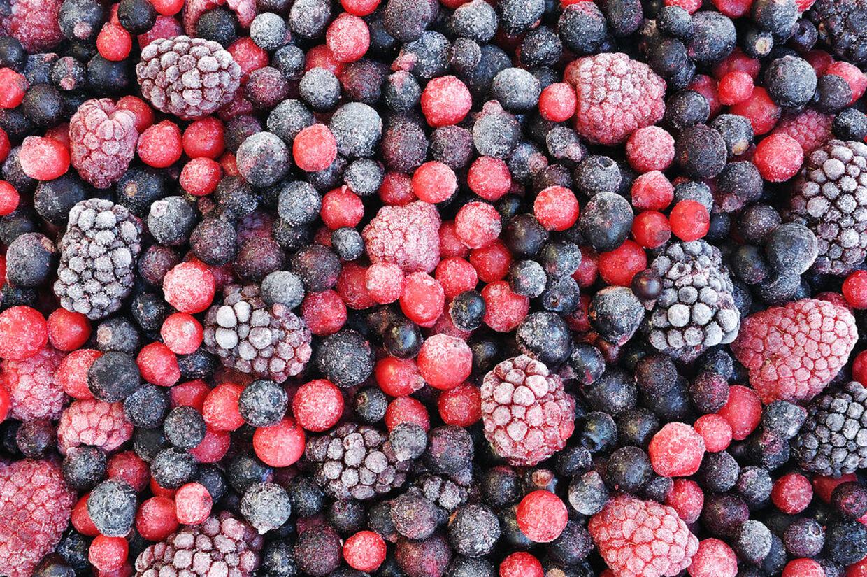 Du skal koge de frosne bær, inden du anvender dem, anbefaler Fødevarestyrelsen.