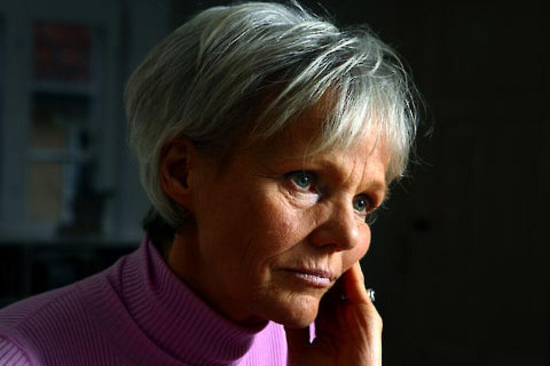 Karen Jespersen vil tage børnechecken fra forældre til ballademagere.