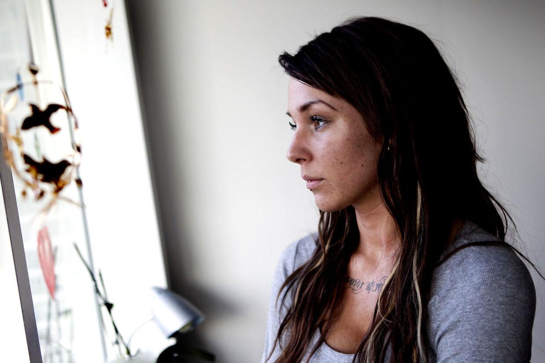 Malou Stella røg i dårligt selskab, da hun flyttede i København - og forsøgte sig blandt med stoffer, fortæller hun nu til B.T.