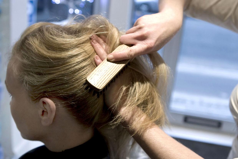 En 13-årig pige skal undgå flere bestemte ting i hverdagen, hvis hun ikke vil miste livet, blandt andet balloner og at få børste hår (arkivfoto).