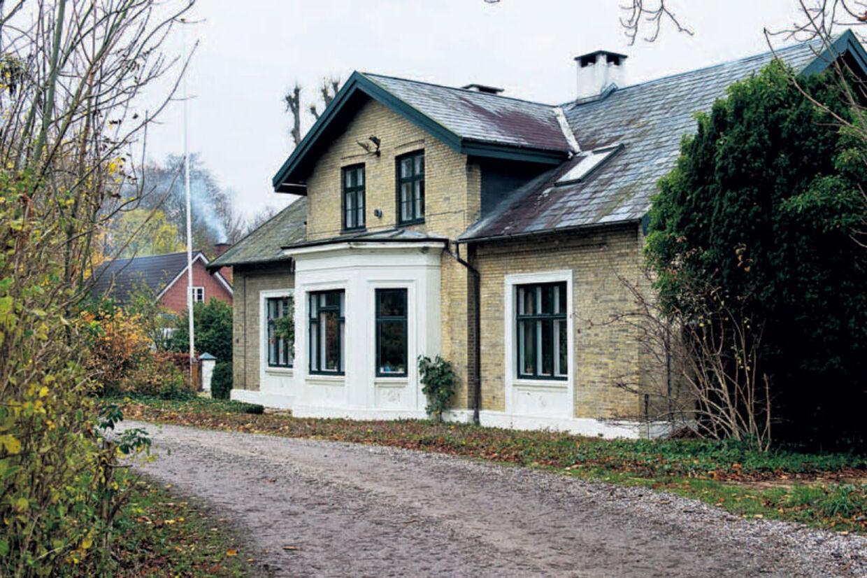 Her bor Ålen. Adresse: Teglværksvej 14, 4681 Herfølge. Pris: 3,2 mio kr. plus tilkøbt jord for 1,186 mio kr.
