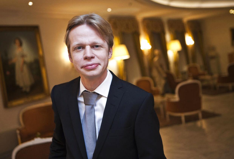 Clement Kjersgaards talkshow 'Vi ses hos Clement' bliver rykket til DR2.