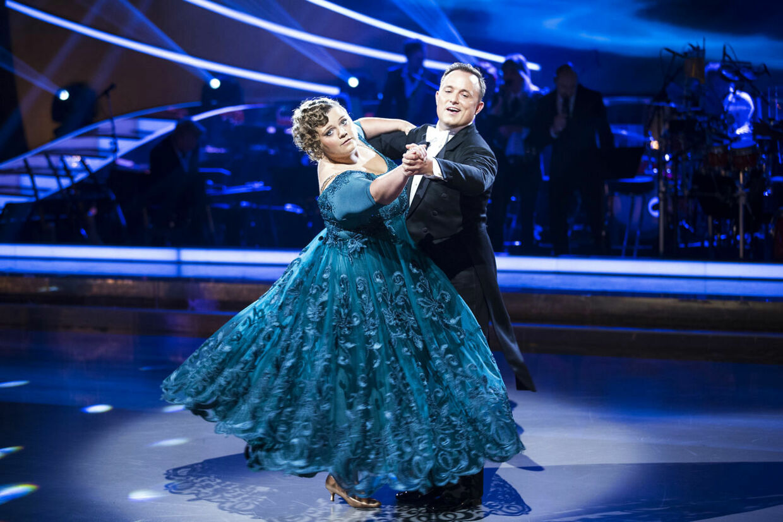 For Ena Spottag og Thomas Evers Poulsens vedkommende byder aftenen på en tango til sangen 'Just One Last Dance' af Sarah Connor. De håber dog næppe, at sangens titel er en profeti for deres deltagelse.