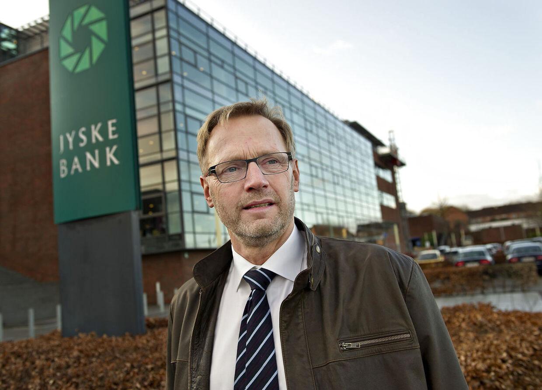 Jyske Banks direktør Anders Dam meldte mandag aften ud, at koncernen har købt realkreditinstituttet BRF Kredit.