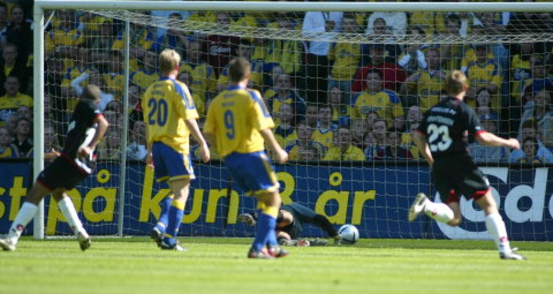 Zidan bringer Midtjylland foran. Men det rakte ikke til sejr. To Brøndby mål i de sidste minutter afgjorde sagen. Foto: Jeppe Michael Jensen