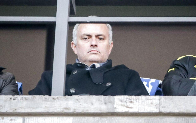 Jose Mourinho på plads til Hertha BSC mod Borussia Dortmund. Snart United-manager?