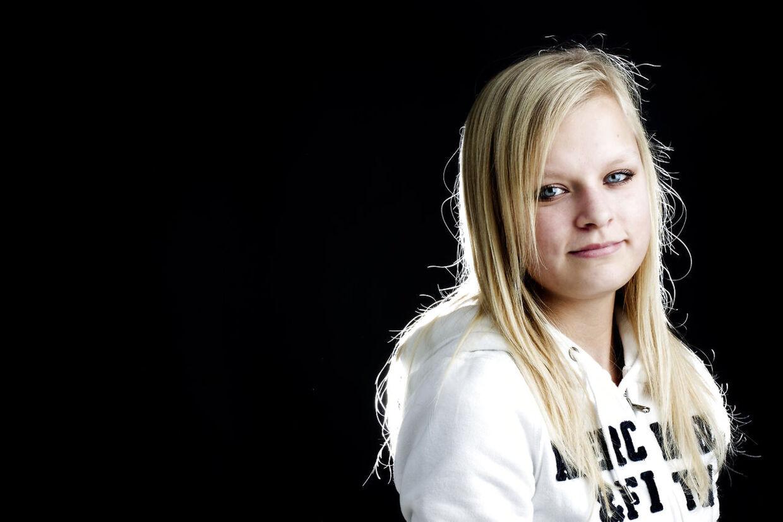 15-årige Simone Christensen er blevet mobbet siden 2. klasse. I går chattede hun på bt.dk