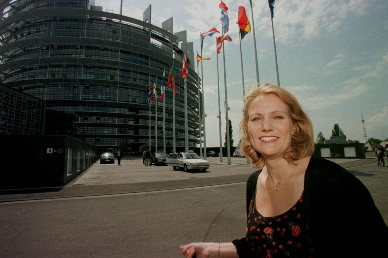 Helle Thorning-Schmidt blev valgt til Europa-Parlamentet for Socialdemokraterne i 1999.