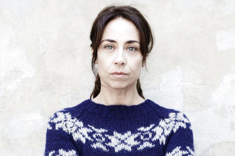 Briterne afholder Sarah Lund-lookalike-konkurrencer og søger den perfekte opskrift på den ikoniske sweater