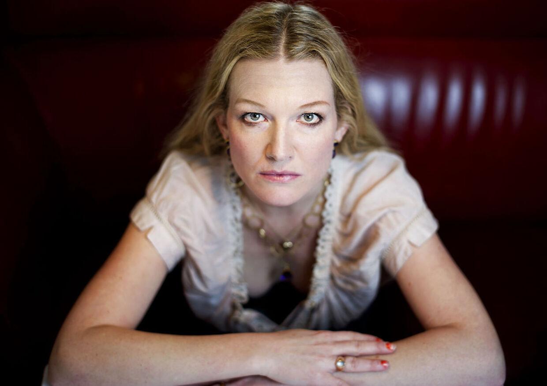Anne-Grethe Bjarup Riis er stærkt imod sprogbruget i den 19-årige rapper Kesis musik.