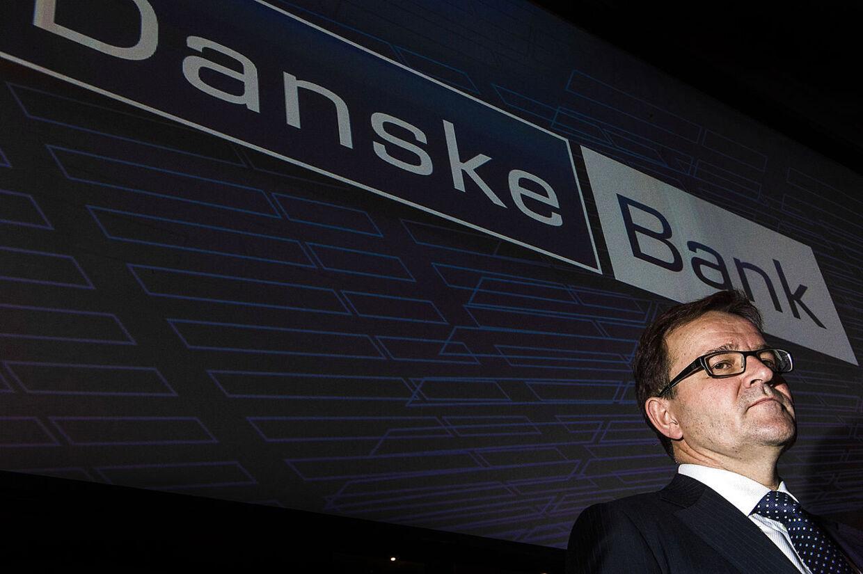 Danske Banks nuværende direktør, Eivind Kolding, har mange forklaringsproblemer for tiden - og må dertil kæmpe med et stor tab på bankens irske eventyr, der nu har rundet 30 mia. kr.