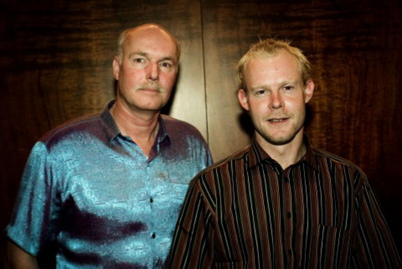 Robinson-jokerne Morten Aunsborg, Fyn (tv) og Jesper Lodberg, Bornholm fik forskellen på jyder og københavnere at mærke på egen krop. Hos jyderne fik de en fjendsk modtagelse. Hos københavnere det modsatte.Foto: Kaare Smith