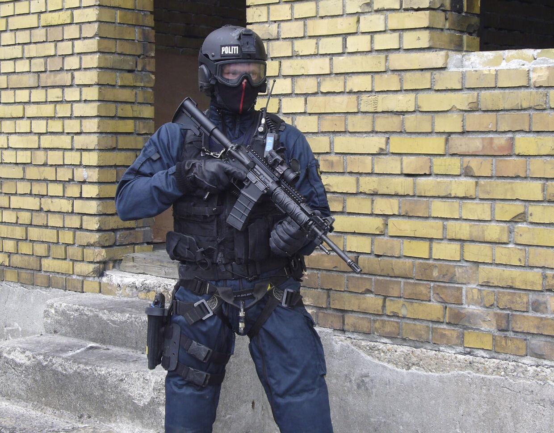Politiets Aktionsstyrke ved en øvelse i 2009.