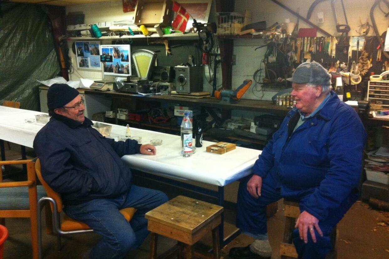 Preben Christensen og Poul Sørensen arbejder som fiskere på Aalbæk Havn og har ofte set personer på havnen, som de ikke var i tvivl om var smuglere.