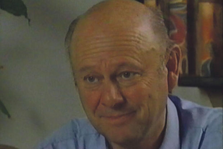 Georg Jensens liv er præget af, at han er søn af en 'tyskerpige'.