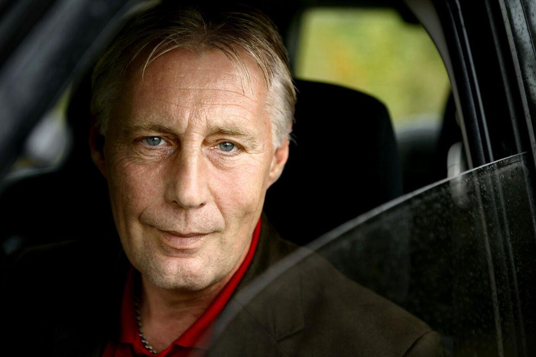 Henrik Dam Kristensen, EU-parlamentariker, Socialdemokraterne, i sin bil.