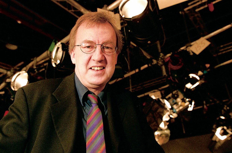 Den tidligere sportschef og programplanchef hos TV 2 Jørgen Steen Nielsen er død. Han blev 65 år gammel, skriver tv2.dk. Jørgen Steen Nielsen døde efter længere tids sygdom.