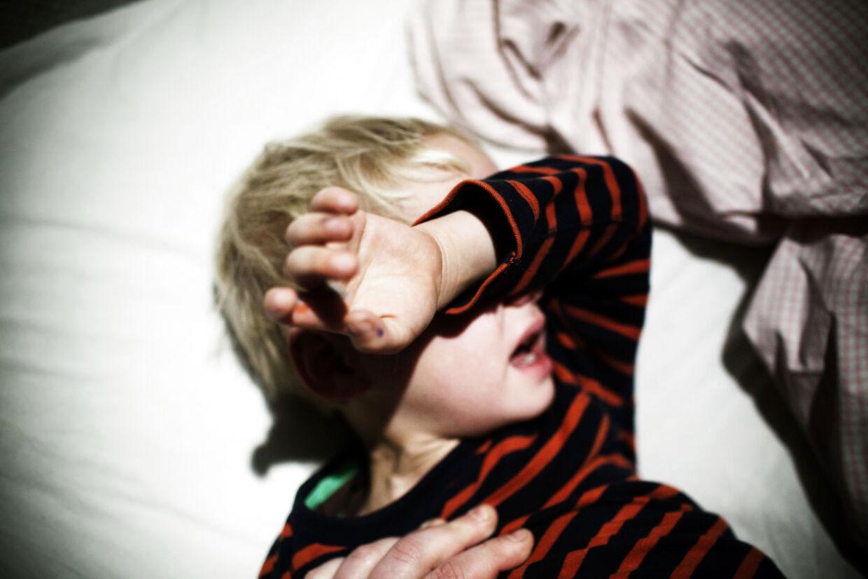 Hvis dit barn reagerer med vrede og hidsighed, kan det være et tegn på, at det mangler kærlige grænser fra dig. (Foto: Niels Ahlmann olesen/Scanpix 2012)
