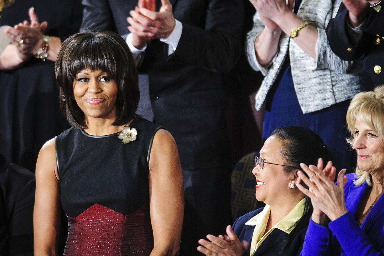 Michelle Obama iført (endnu en) Jason Wu kreation ved Barack Obamas tale til nationen i Washington i går (d. 12. februar 2013).