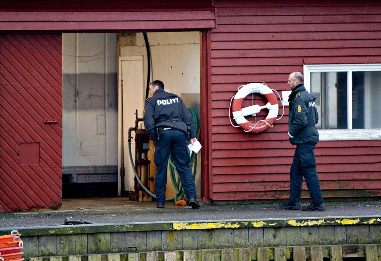 Politiet er i gang med undersøgelser – utraditionel høj aktivitet på den ellers uforstyrrede havn i Aalbæk.