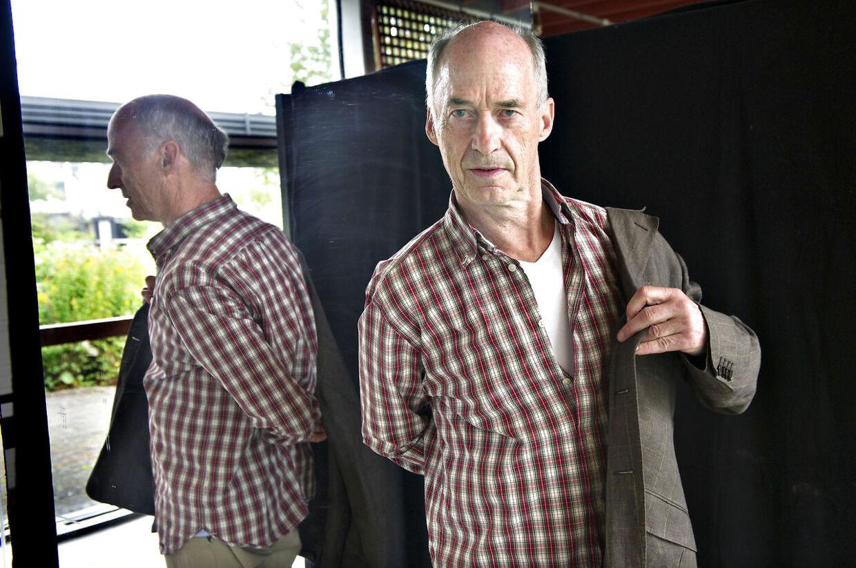 Skuespiller Stig Hoffmeyer i rollen som Niels Reinhardt.