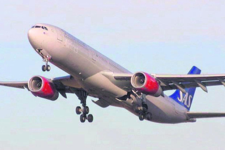 Piloter og kabinepersonale hos SAS accepterede en lønnedgang på ca. en månedsløn for at bevare SAS.