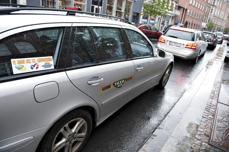 En taxachauffør blev mandag eftermiddag anholdt for spritkørsel to gange på mindre end en time. (Arkivfoto)