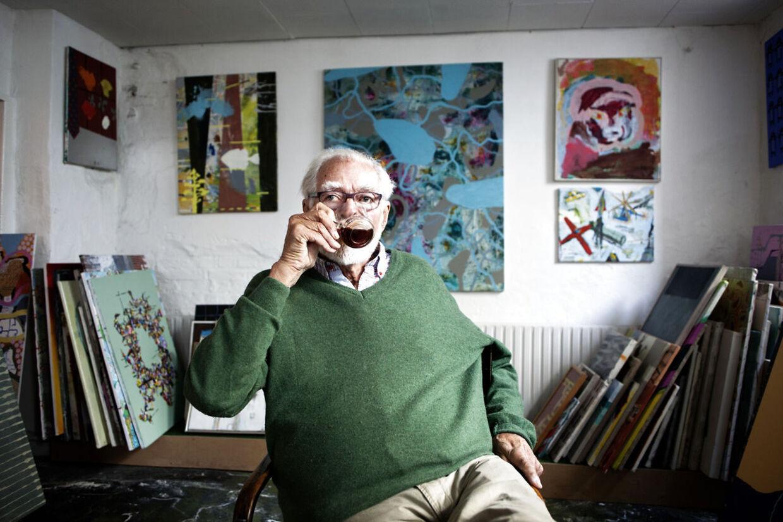 Knud Pedersen Kunstbiblioteket og tidligere medlem af Churchillklubben fotograferet i kunstbiblioteket