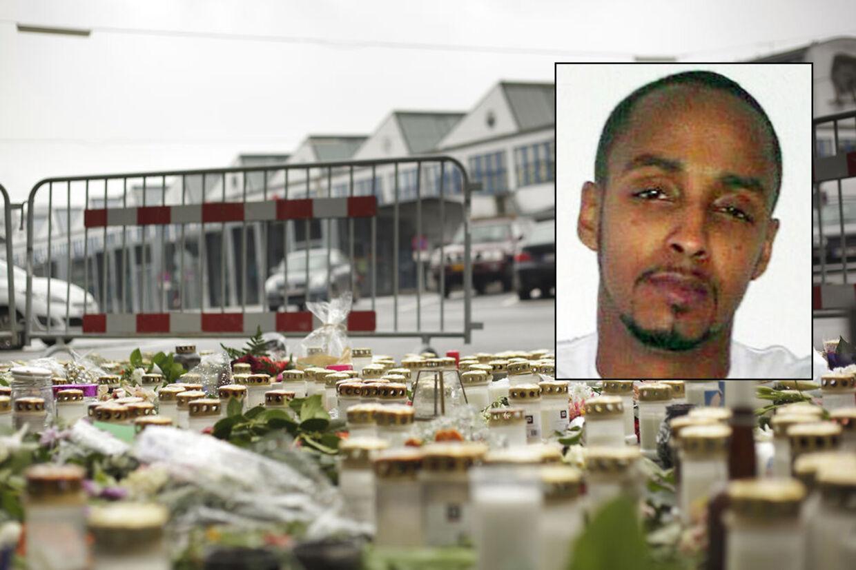Politiet leder efter den 27-årige Omar Hassan Sheik Muse, indsat foto, som er mistænkt for at medvirke til drabet på Jonas Thomsen Sekyere. På det store billede bliver Jonas minder med blomster og lys foran 'Bakken' i Kødbyen i København.
