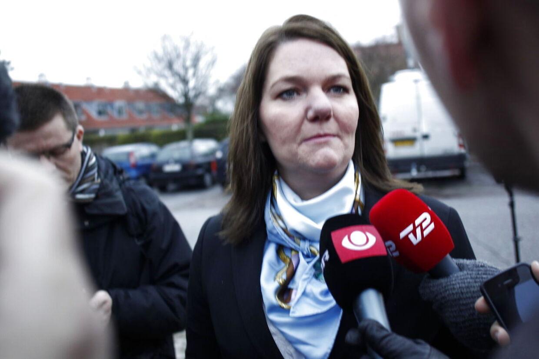 Venstres tidligere pressechef Søs Marie Serup ankommer til afhøring i skattesagskommissionen.