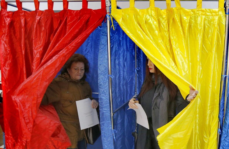 Rumænien gik søndag til præsidentvalg. Også herhjemme forsøgte hundredvis af rumænere at afgive deres stemme. Nogle forgæves.