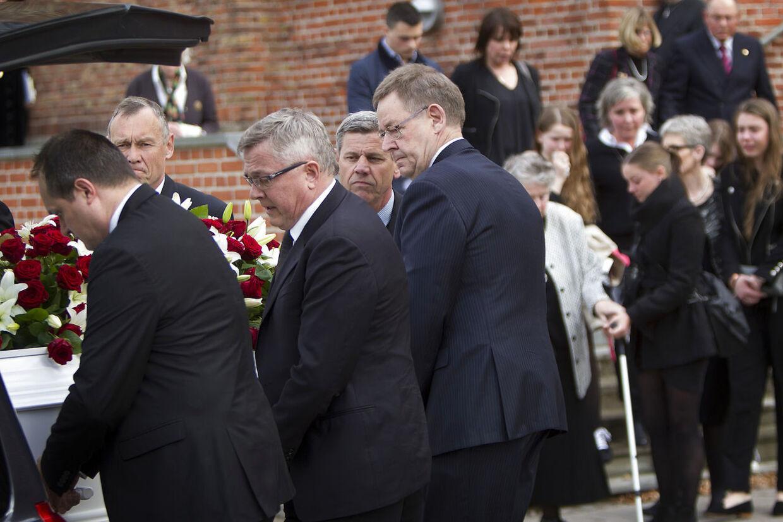 Palle Simonsen begravelse Messiaskirken Charlottenlund Poul Nyrup Rasmussen
